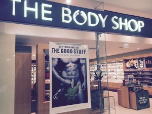body_shop_front_window